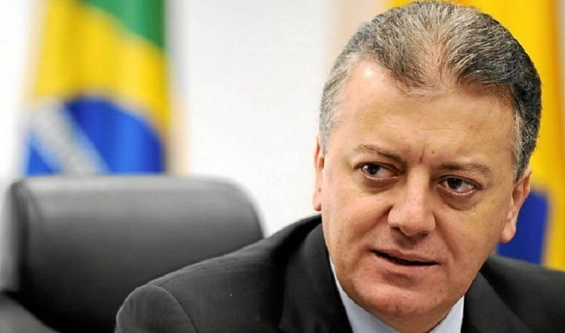 Ex-presidente do Banco do Brasil e da Petrobras é preso em operação da PF