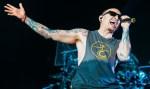 Antes da notícia da morte de Chester Bennington, Linkin Park lançou novo clipe nesta quinta; assista