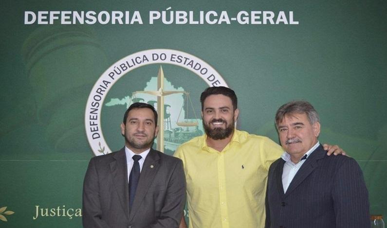 Léo Moraes pede prorrogação do concurso da Defensoria Pública
