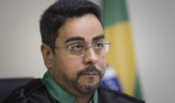Juiz Marcelo Bretas se recusa a se afastar do caso Sérgio Cabral