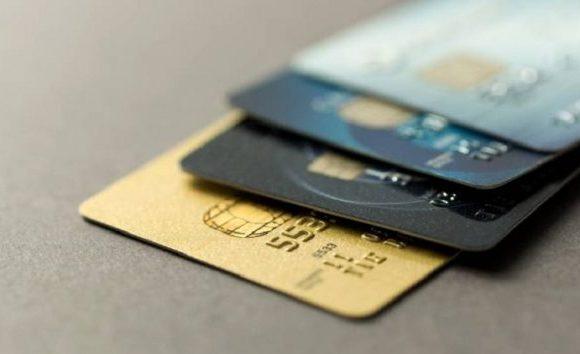 Novas regras do cartão de crédito começam a valer nesta sexta-feira