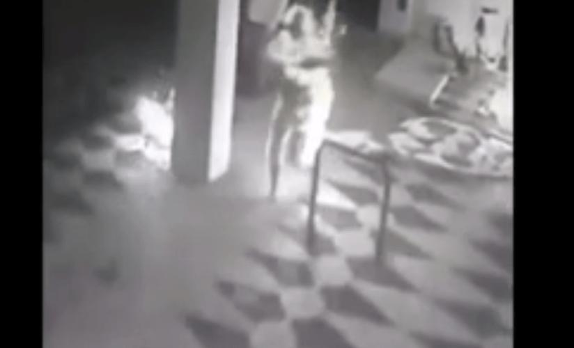 Polícia divulga vídeo de homem ateando fogo em companheira no PR; mulher morreu