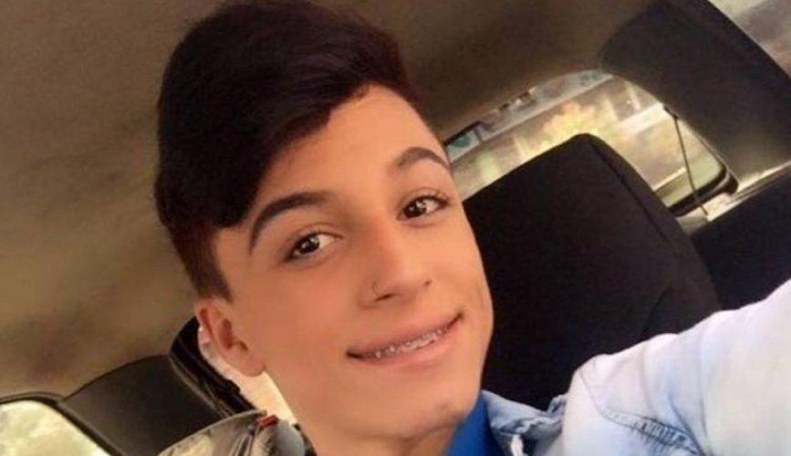Jovem de 17 anos foi morto e teve o corpo queimado pela mãe por ser gay