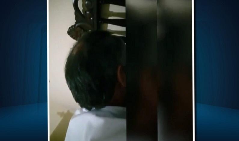 Polícia investiga se padre que beijou coroinha abusou de outra menina há 8 anos em MG