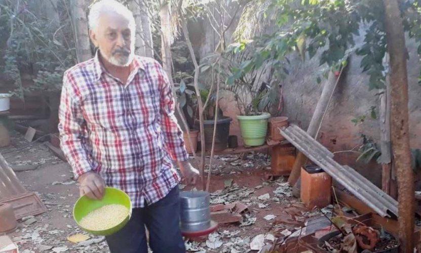 Idoso entra em cisterna para pegar galinha, não consegue subir e só é resgatado uma semana depois