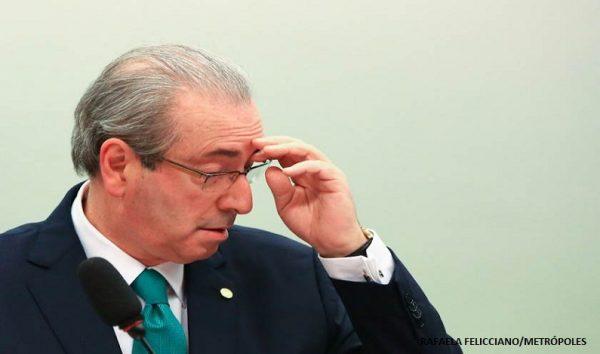 Moro nega transferência definitiva de Cunha para Brasília