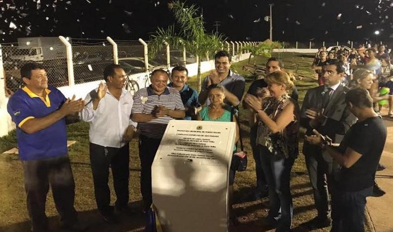 Expedito Netto inaugura complexo esportivo em Jaci Paraná e entrega equipamentos em Médici