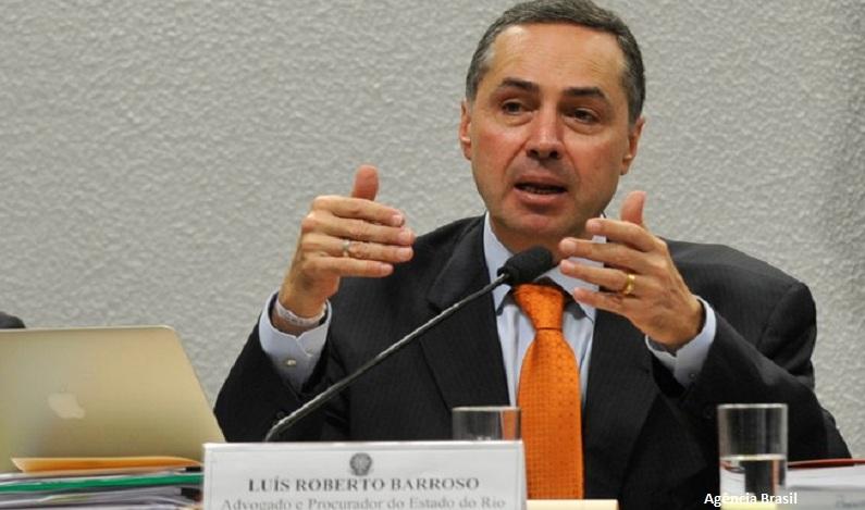 Ministro Barroso autoriza governo do DF a reter repasse ao INSS