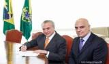 URGENTE: Alexandre de Moraes rejeita ações sobre pedidos de impeachment de Temer