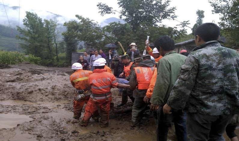 Terremoto atinge a China na região de Sichuan e deixa cinco mortos