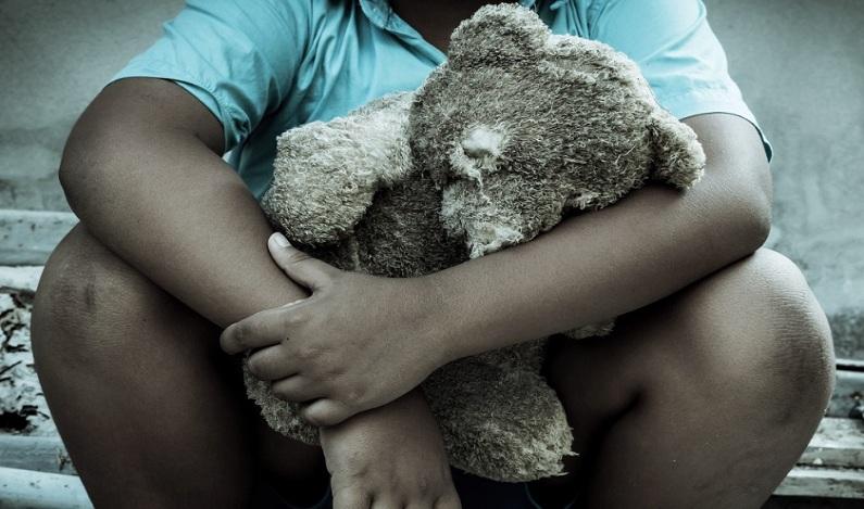 Pai é suspeito de dopar e estuprar a filha de 14 anos, em Minas