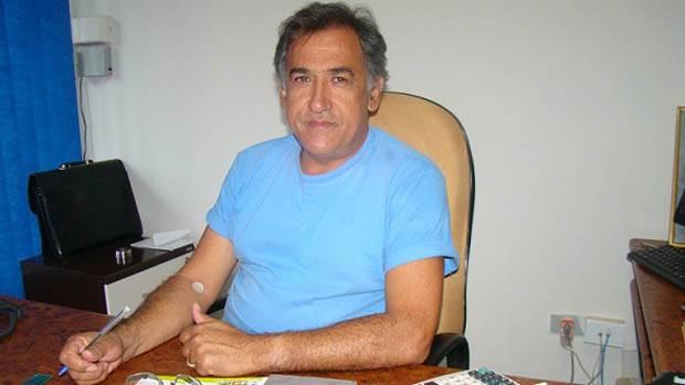 Ex-deputado federal de RO cassado, Jabes Rabelo, agride cantor e dá vexame em festa da OAB