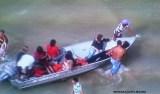 Lancha com mais de 100 pessoas vira no mar próximo a Salvador (BA)