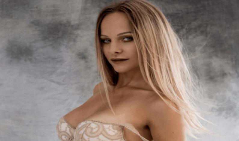 Modelo é presa roubando mas juiz concede liberdade por ser uma 'mulher muito talentosa'