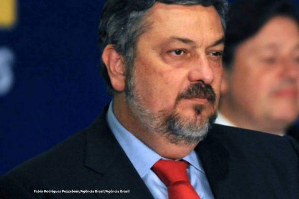 TRF rejeita habeas corpus e Palocci segue preso