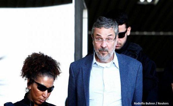 Palocci desiste de habeas corpus no STF no mesmo dia do pedido de Lula