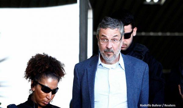 Supremo começa a julgar pedido de habeas corpus de Palocci