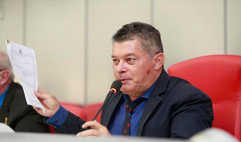 Parecer favorável de ministro deve absolver Edson Martins no STJ
