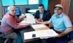 Edson Martins assina convênio de R$ 100 mil para o município de Buritis