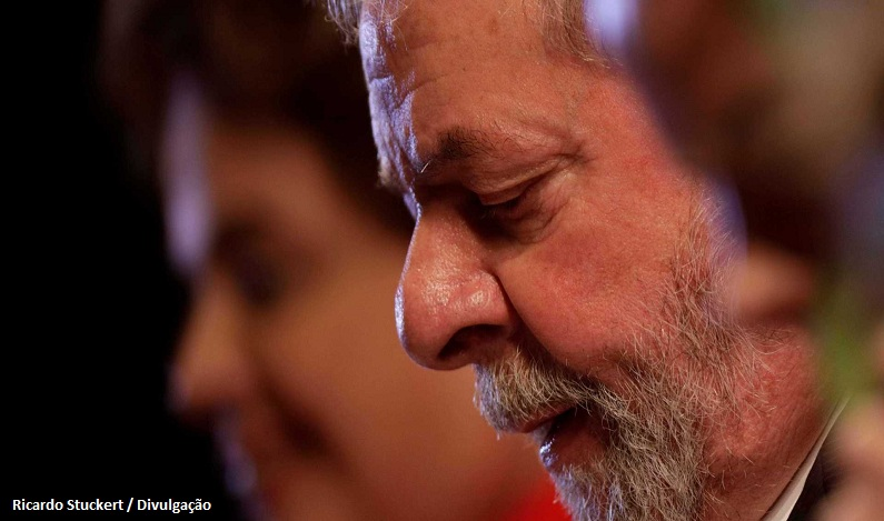 Janot denuncia Lula, Dilma e ex-ministros ao Supremo