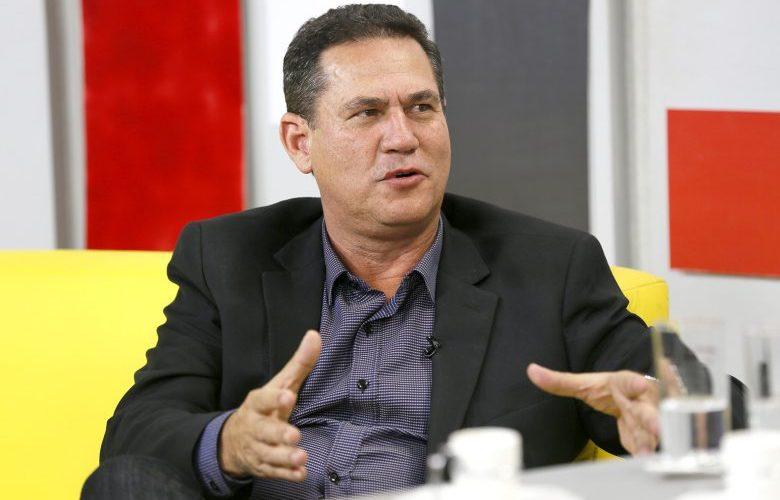 Maurão dá ultimato no PMDB e marca jantar com governador e cúpula do partido