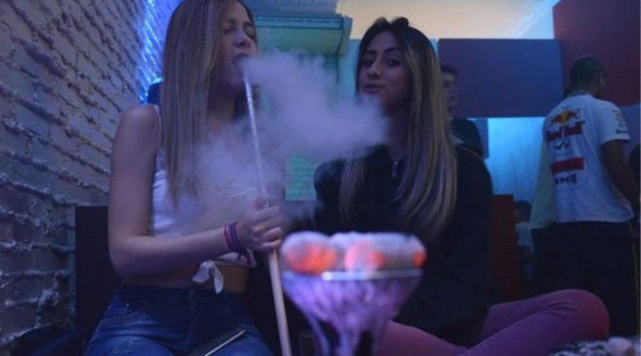 100 vezes mais potente que cigarro, narguilé vira moda entre jovens brasileiros e acende alerta no governo