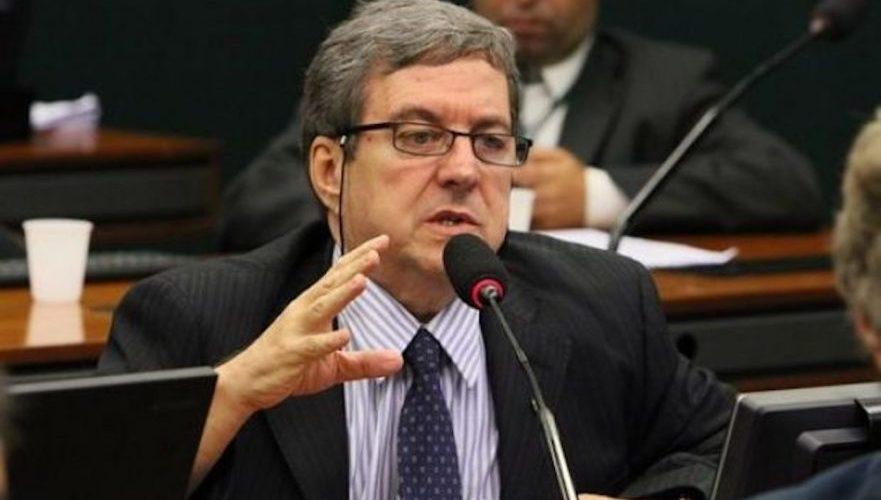 Ex-deputado federal que fraudava cota parlamentar é denunciado pelo MPF