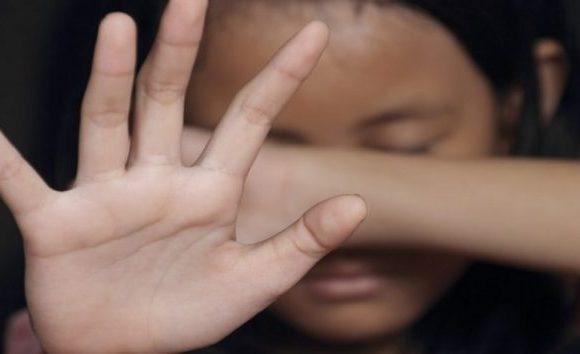 Mãe descobre que filha de 5 anos foi estuprada ao levar menina em pediatra, em RO