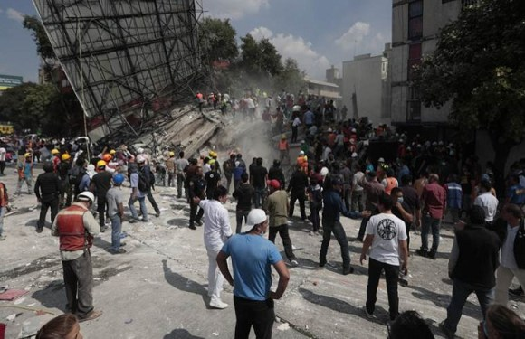 Número de mortos sobe para 343 no México e buscas continuam