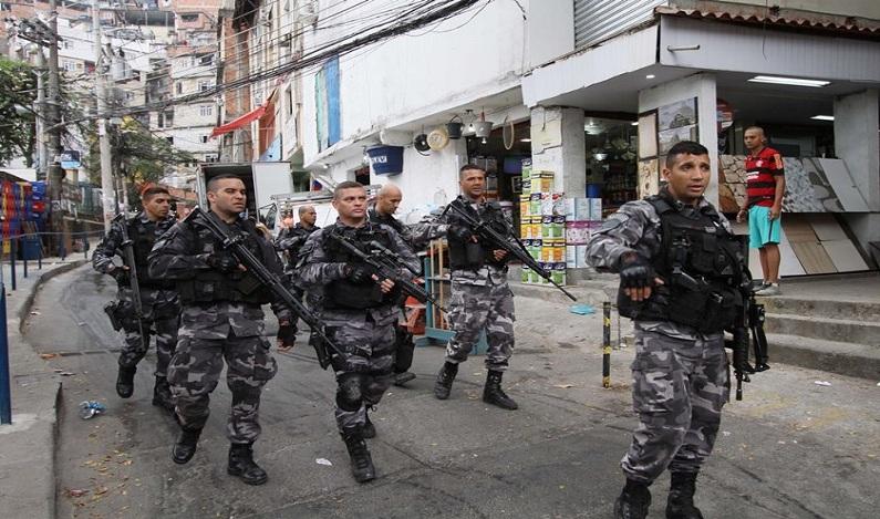 Polícia Militar faz operação na Rocinha e em mais cinco favelas do Rio