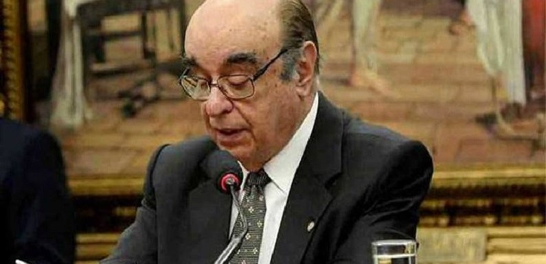 Governo libera R$ 11 milhões à escola do relator da denúncia contra Temer