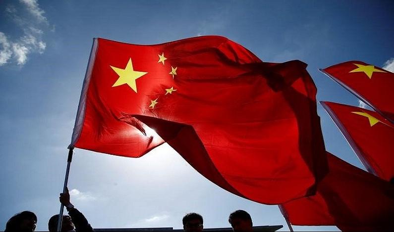 Câmeras registram grave acidente de ônibus na China; veja