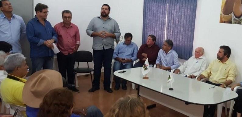 Jean Oliveira participa da convecção do PMDB em Rolim de Moura e visita municípios