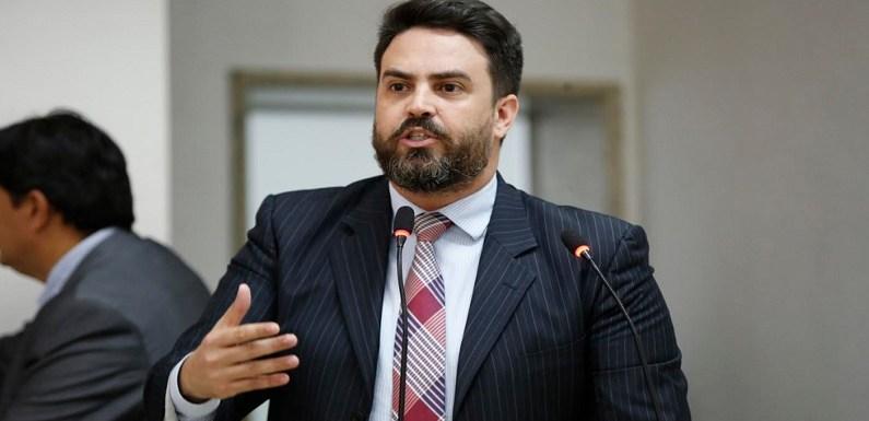 Léo Moraes cobra do governo compromisso que reconhece promoção dentro da Polícia Civil