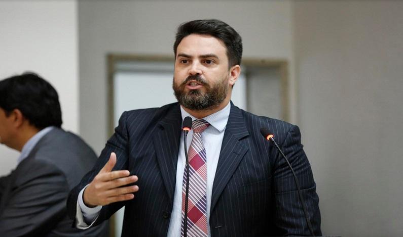 Léo Moraes cobra projeto que altera lei que trata o Estatuto da Polícia Civil