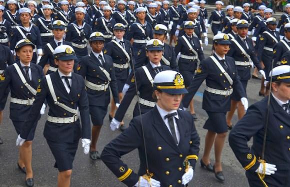 Câmara aprova acesso de mulheres a todos os cargos de oficiais da Marinha