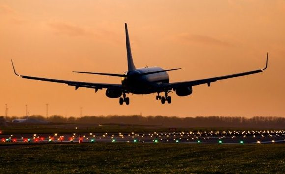 MPF apura conduta de companhias áreas em casos de atos obscenos durante voos