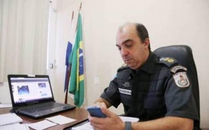 Bandidos efetuaram 17 disparos no carro de comandante do batalhão, no RJ