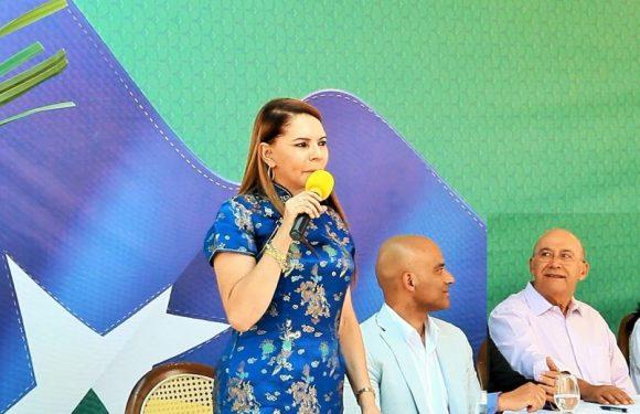 Iacira Azamor atrasa folha da Caerd proprositalmente, pois tem dinheiro na conta