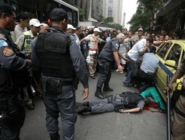 Presos por matarem policiais não terão mais direito à progressão de pena