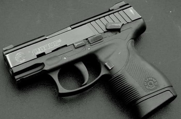 Taurus é obrigada a trocar 2,5 mil pistolas da PM de GO por falhas