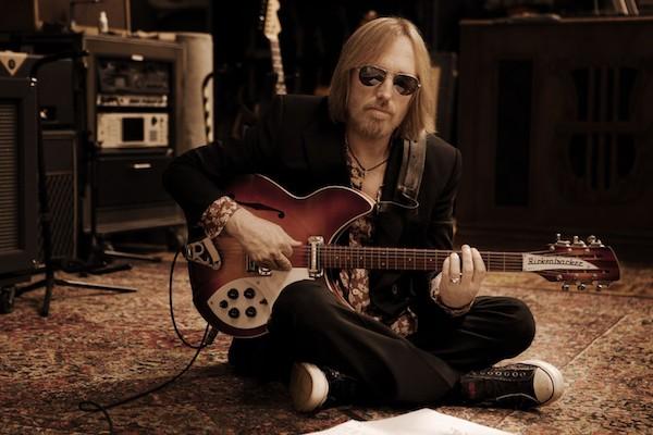 Após ataque cardíaco, músico americano Tom Petty está na UTI sem atividade cerebral