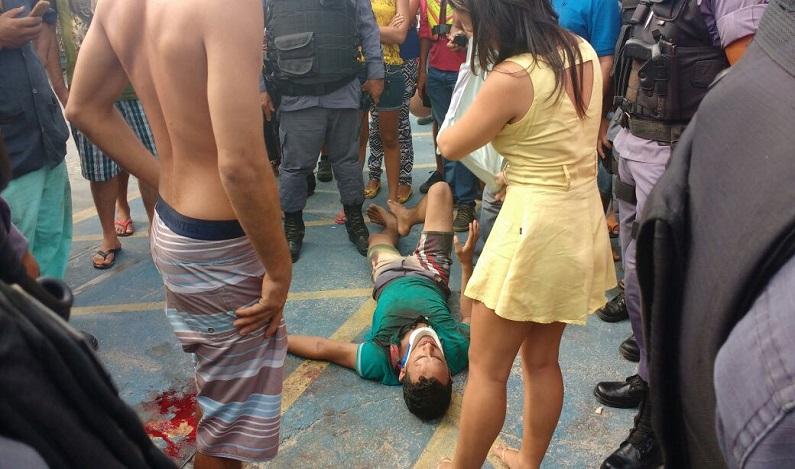 Dupla tenta assaltar PM e é atingida com tiros na boca e na nuca, em Manaus (AM)