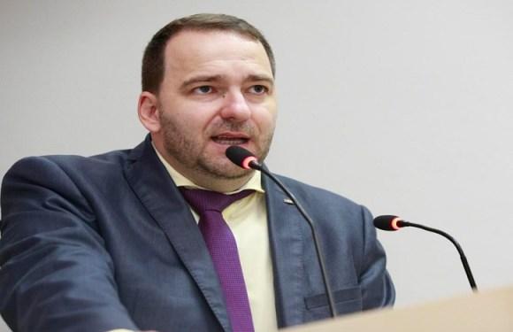 Alex Redano indica regulamentação para trabalho de apenados