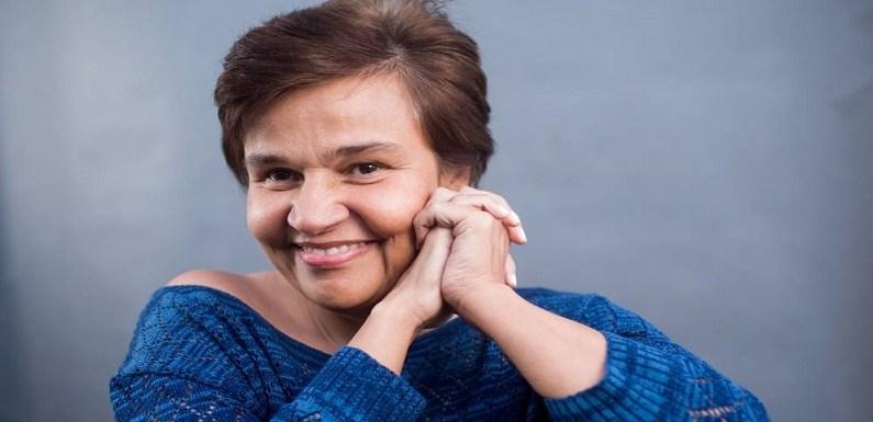 Claudia Rodrigues é internada às pressas em SP