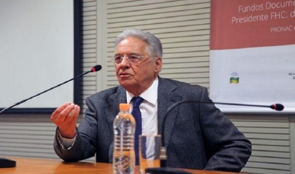 'Se não houver convergência, apoiarei Tasso à presidência', diz FHC