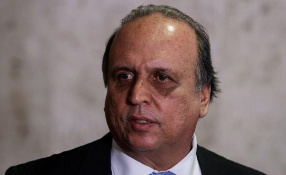 """""""Não estávamos preparados"""", diz Pezão sobre crimes no Carnaval do RJ"""