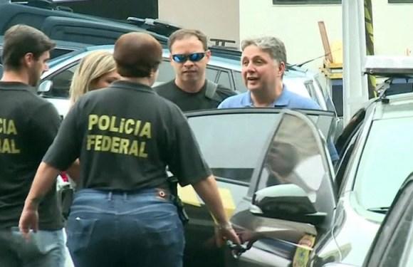 Justiça determina transferência de Garotinho para prisão de Benfica