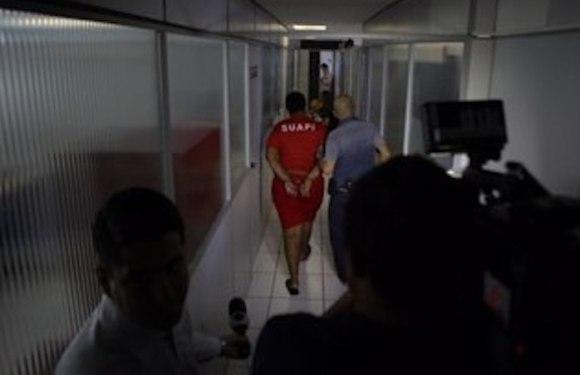 Estelionatária se passava por piloto para seduzir mulheres no Tinder; mulher perdeu R$ 30 mil