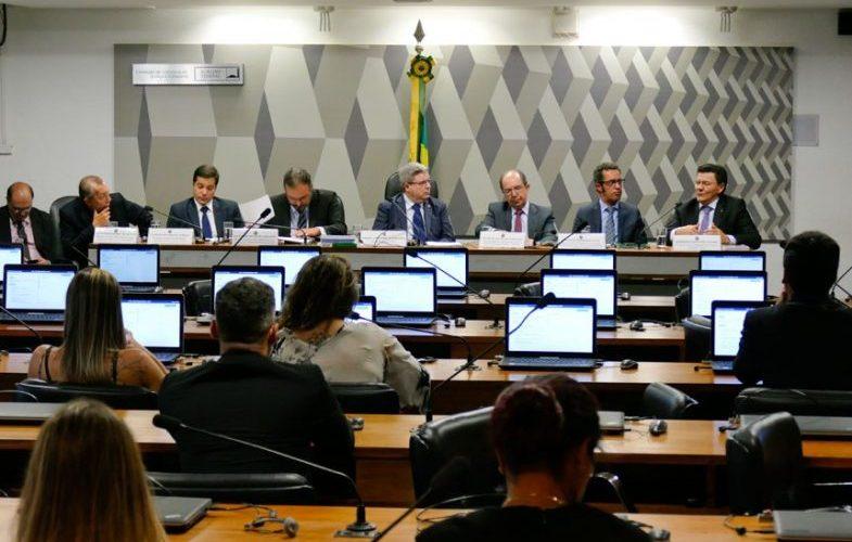 Especialistas sugerem mudanças no projeto do novo Código Penal